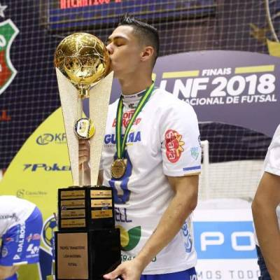 Visita do jogador de futsal Well, campeão da liga nacional (LNF) 2018.